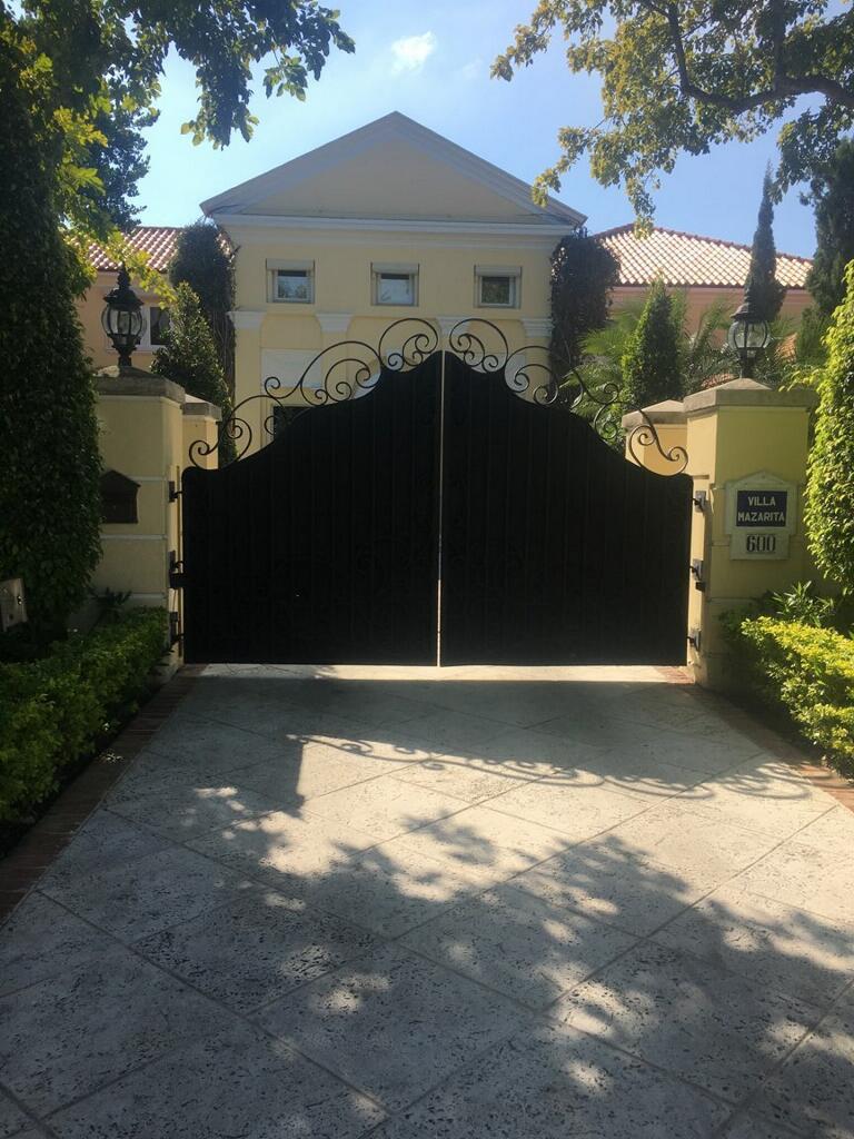 private_securty_gate
